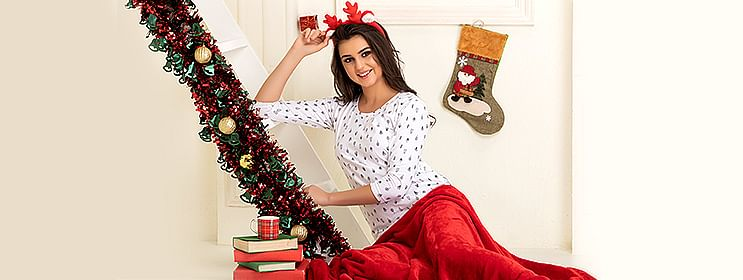 5 Christmas Lingerie Gift Ideas For Your Girlfriend Or Wife